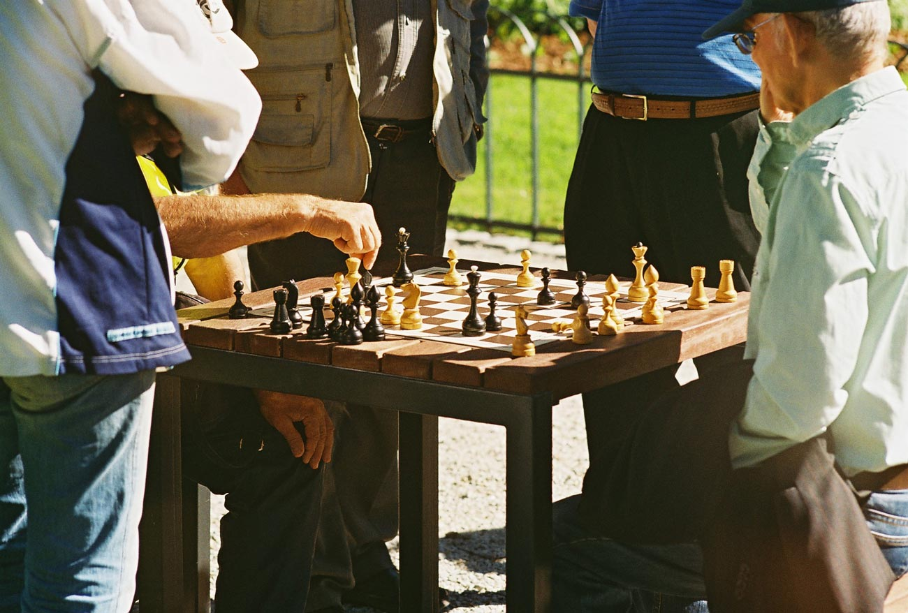 Aged care chess