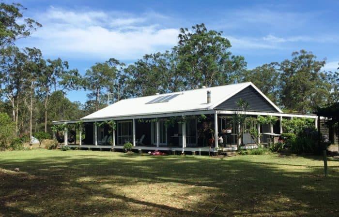 McCabes Riverdance Property-Invest Blue